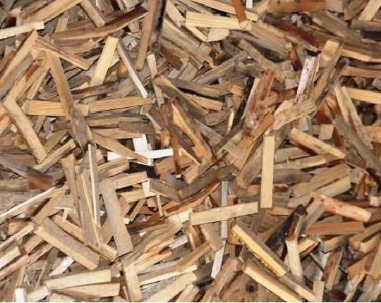 Деревна тріска для розпалу вогню